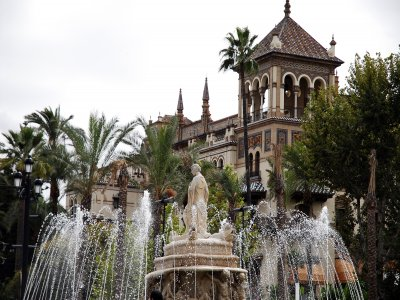 Tour of enchanted Seville for children, 2 h