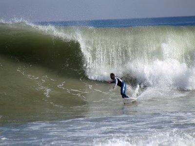 1h surfing equipment rent
