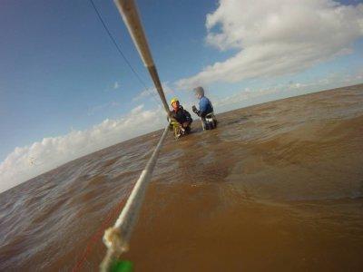 Kitesurfing begginer lesson for 2 in Norfolk
