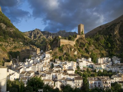 6-hour guided walk tour in Cazorla (Jaén)