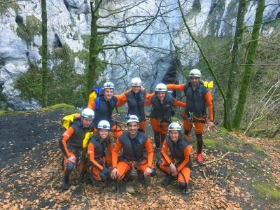 Initiation to canyoning in La Leze