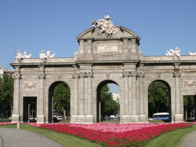 The Bourbon dynasty in Madrid. Guided visit