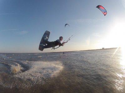 Curve Board Sports Kitesurfing