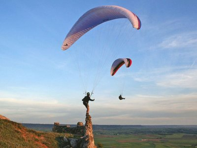 2 weeks paragliding course in Galicia
