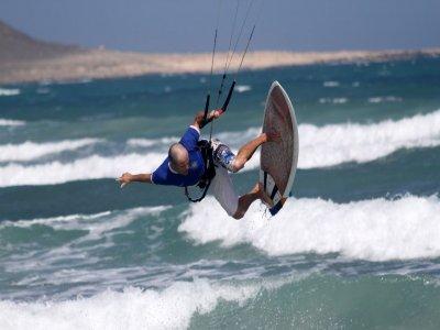 Private Kitesurfing lessons at Dorset 2h
