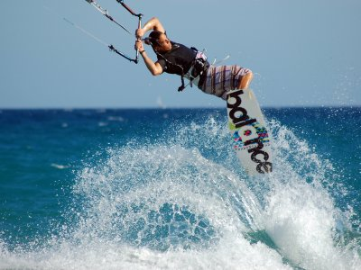 Full day Kitesurfing lessons at Devon