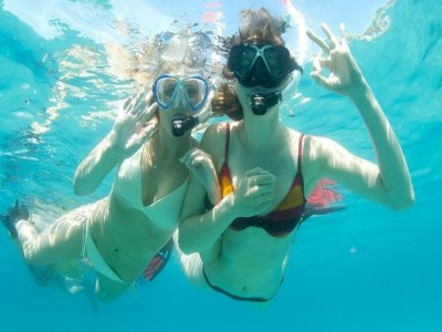 Snorkling at Malgrats Islands from a boat