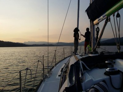 Luxury Yacht sailing Windermere 2 hours