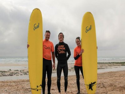 Surfing lesson for 2 in Newquay beaches