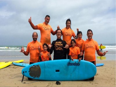 Surfing family day in Newquay