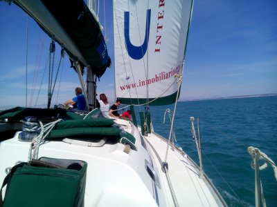 October's bank holiday: 3 days on a sailing boat