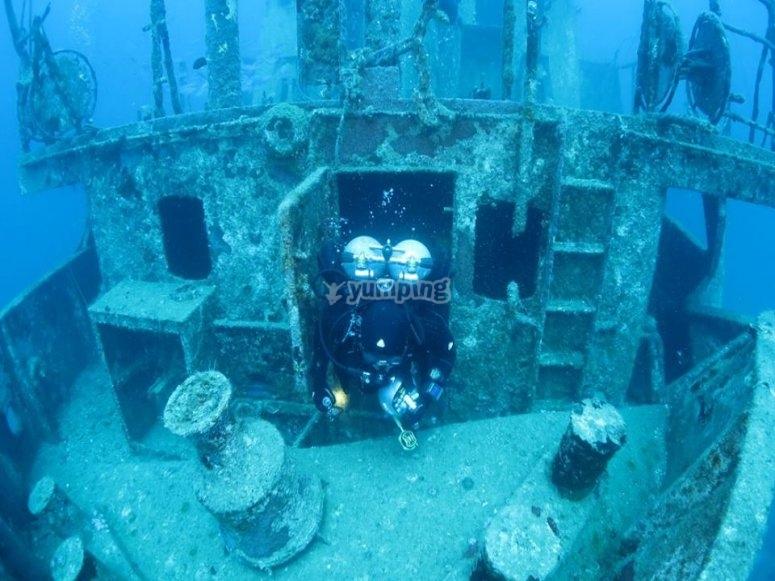 Discover hidden wrecks