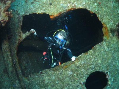 Night diver PADI course in Kent