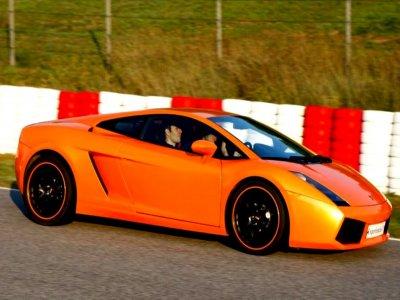 Drifting driving in circuit Barcelona