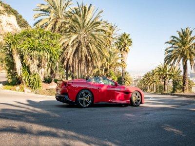 Drive a Ferrari in Barcelona 40 min