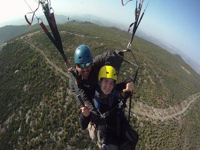 Two-man paragliding in Algodonales, Cádiz