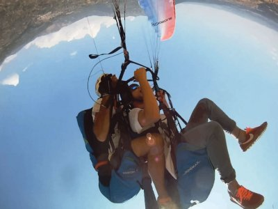 Paragliding for businesses near Madrid