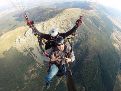High mountain paragliding for two + 2 videos