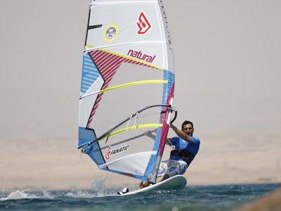 intermediate windsurfing course in roquetas de Mar