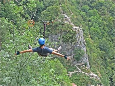 Zip-line descent at Asturias