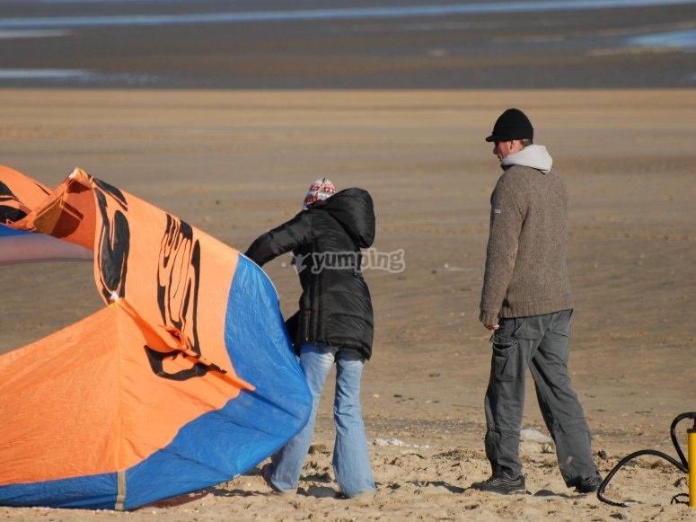 Checking the kite