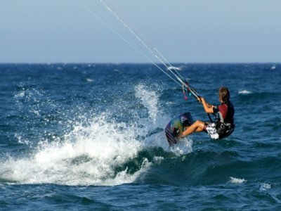 3 Day Kitesurfing Course for 2, Greatstone, Kent