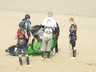 1 Day Kitesurfing Course Greatstone, Kent