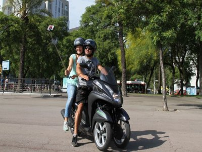 3 wheeled-scooter rent Barcelona 1 month