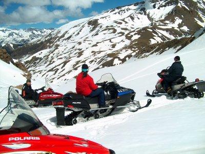 15min snowmobile tour in Ampriú
