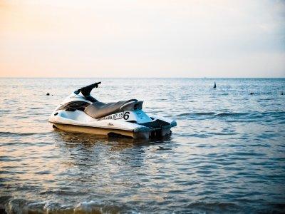 Enjoys Charter Motos de Agua