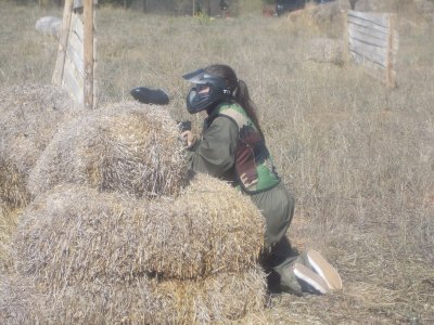 Outdoor paintball match in Cuenca, 200 paintballs
