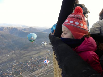 Hot air balloon flight, Vic, child ticket+diploma