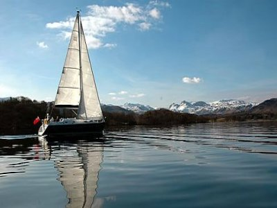 Outrun Sailing Boat Trips