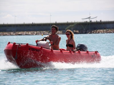 Boat rental w/ no license Torrevieja 4 hours