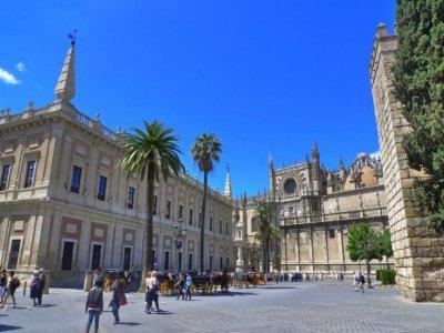 Panoramice Seville tour and Guadalquivir cruise