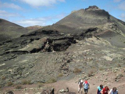 Hiking tour of Lanzarote's Volcanoes 6 h