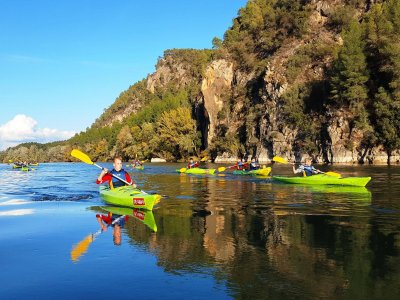 Stag/hen do: canoeing down Ebro river