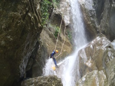 Gravet ravine canyoning in Rupit 4-5 hours