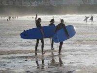 Surfing parties