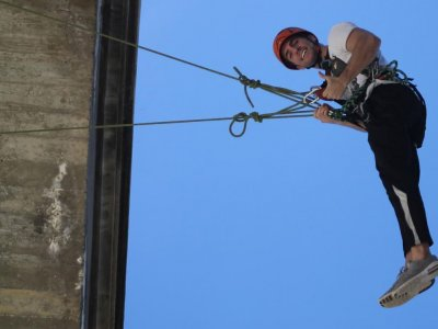 Bungee Jumping at Gallego River