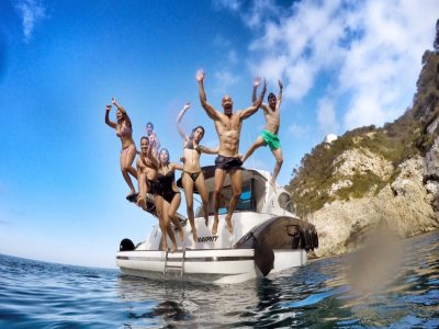 Single party aboard in Denia with champagne