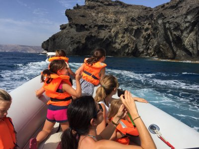 Boat trip to the Cove of Enmedio + drink