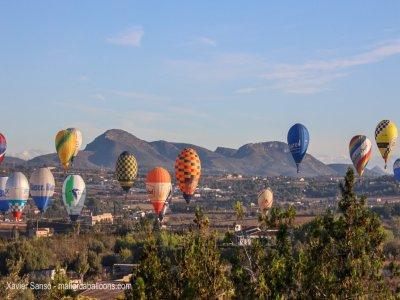 Balloon ride over Sierra de Tramontana for 2