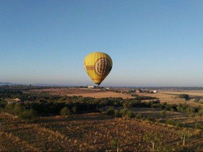 Private air balloon flight at Sierra de Tramontana