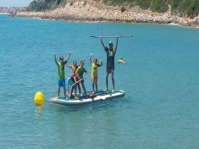 Rent a XXL paddleboard in Tarragona for 1 hour