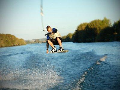 Wakeboarding in Salcombe, 3.5 hours