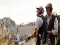 Claypigeon shooting is also available.