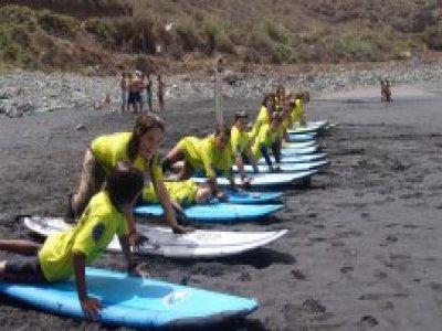 Fitenia Escuela de Surf Campamentos de Surf