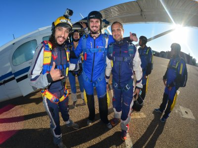 Expert Skydiving Tuition in Madrid
