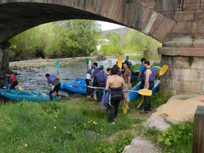 4h Kayak Trip Through Sil River, Long Trail